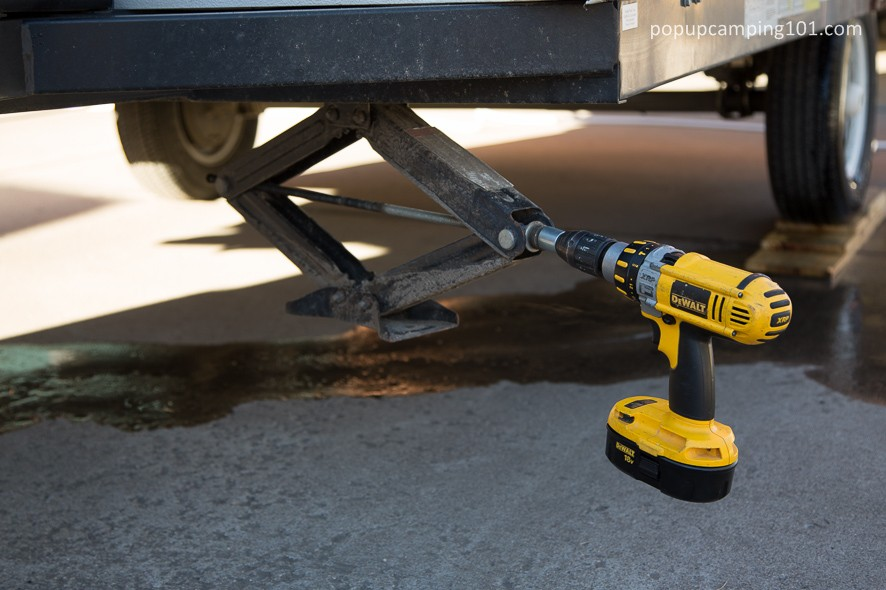 drill powered stabilizer jack on popup camper