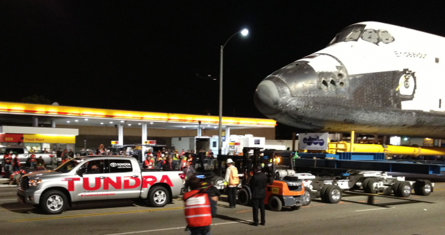 Toyota Tundra pulling the Space Shuttle Endeavor